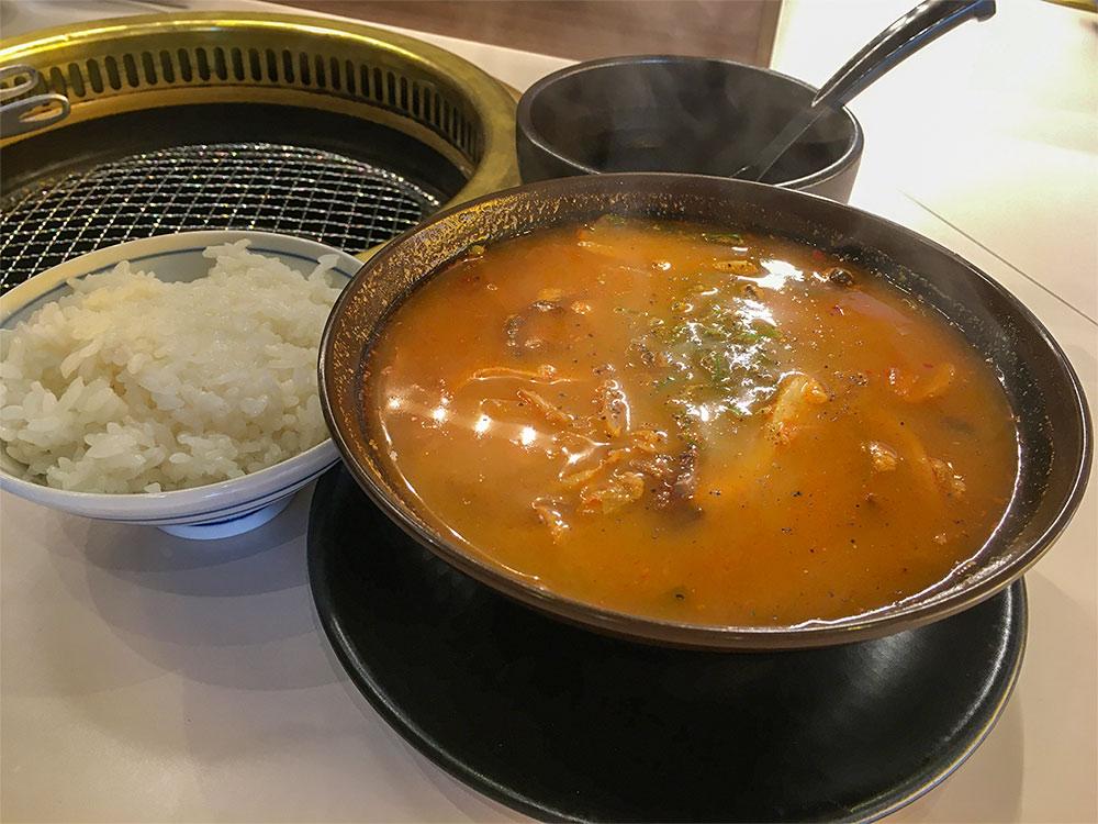 テールスープ赤